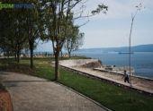Во Владивостоке открылся сквер с потрясающим видом на море и город