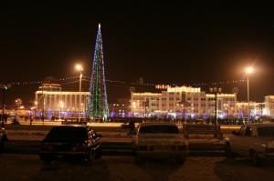 Елка в Грозном уже радует жителей города своей красотой