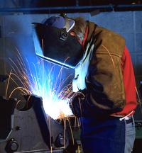 Рабочие специальности становятся все более востребованными