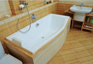 Качественные ванны нынче в спросе